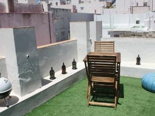 APARTAMENT IN THE OLD TOWN OF CADIZ WITH TERRACE! - Costa de la Luz vacation rentals