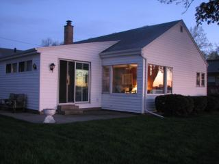Lake Front Cottage with great views & fishing - Wisconsin vacation rentals