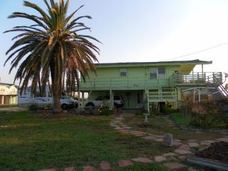 Ocean view-Jamaica Beach Retreat -sleeps 8 - Jamaica Beach vacation rentals