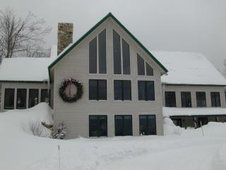 Stratton ski lodge wth mountain views - Stratton Mountain vacation rentals