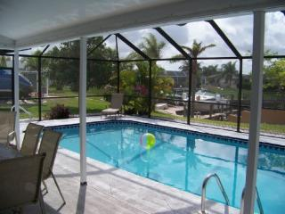 Villa Palaco - Cape Coral with beautiful Pool - Cape Coral vacation rentals