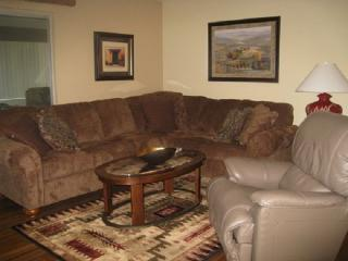 Beautiful SFH Newly furnishd - Green Valley vacation rentals