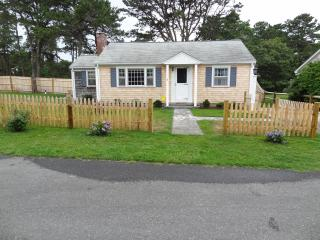 Dennisport Rental - Walk to Beach!  Pet friendly!! - Cape Cod vacation rentals