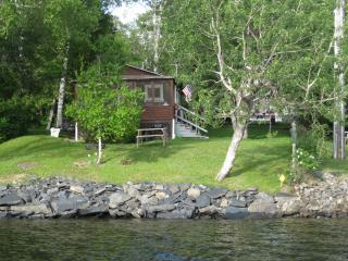 HAWKES' NEST WATERFRONT RENTAL ON MOOSEHEAD LAKE - Maine Highlands vacation rentals