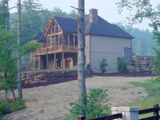 MILLIONAIRE'S CHATEAU COUNTRY LAKEHOUSE - Sunset vacation rentals