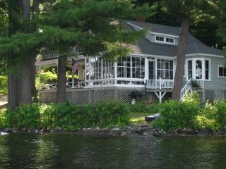 Beautiful Victorian Cottage on Cobbossee Lake - Kennebec vacation rentals