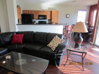Great Rates in Johnson Ranch! - Queen Creek vacation rentals