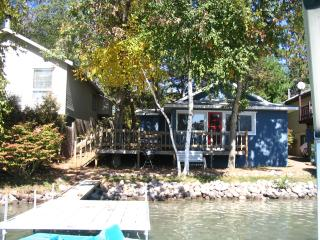 Waupaca Chain of Lakes Rental, Columbia Lake - Wisconsin vacation rentals