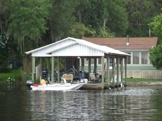 Riverview Cottage on St. Johns River & Lake George - Welaka vacation rentals