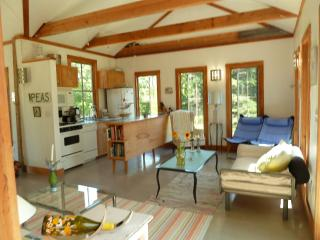 Romantic & Quietly Elegant Waterfront  Hideaway - DownEast and Acadia Maine vacation rentals
