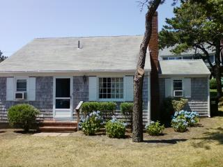 Cape Cod summer cottage in Chatham - South Chatham vacation rentals