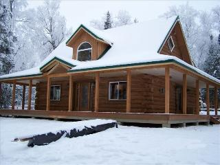Luxury Log Home: Enjoy Alaska in Style and Comfort - Wasilla vacation rentals
