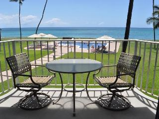 Beachfront condo in Maili Cove, Oahu, Hawaii - Waianae vacation rentals