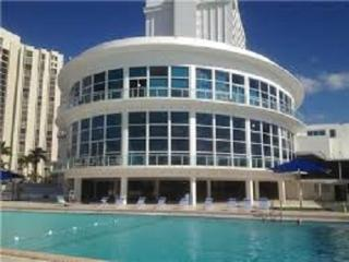 BeachFront  Balcony Apartment - Miami Beach vacation rentals