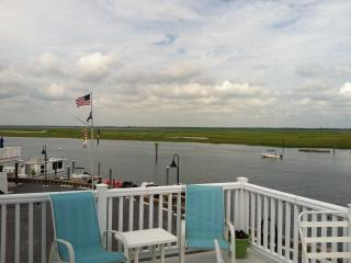 Stunning Dockside Bayfront Family Home in Sea Isle - Sea Isle City vacation rentals