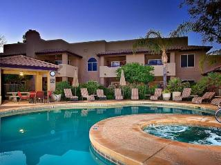 Resort style Luxury North Scottsdale Condo 3 pools - Scottsdale vacation rentals