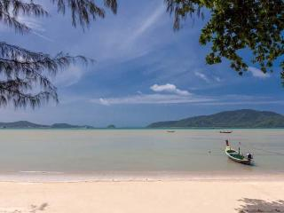 Villa Tropical BeachFront with exclusive location - Phuket vacation rentals