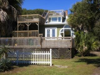 Barrier Island Blast - 912 East Arctic Avenue - Folly Beach vacation rentals
