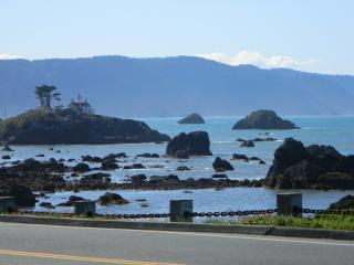 Redwood Coastal Vacation Rental Home - Crescent City vacation rentals