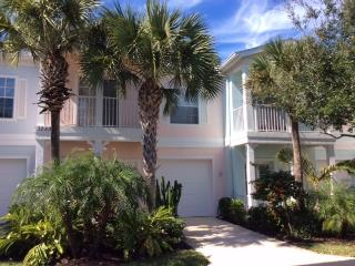 Bright & Cheery in a Highly Desireable Location! - Naples vacation rentals
