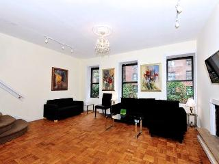 Midtown Duplex Penthouse 5 Bed 3 Bath with Terrace - Manhattan vacation rentals