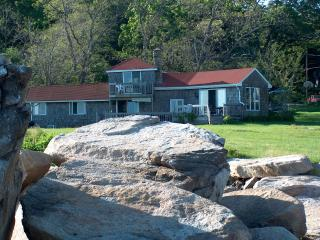 Beautiful Bayshore Cottage - North Shore Massachusetts - Cape Ann vacation rentals