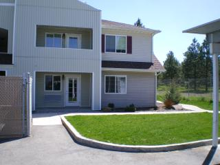 Newer CDA, IDAHO Condo 3Br 2Ba - Post Falls vacation rentals