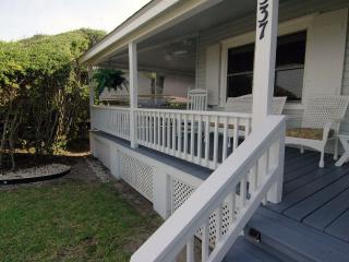 Oceanfront-Moon Spinner Cottage Amazing Location - Kure Beach vacation rentals