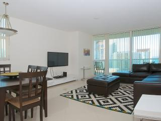 Stunning 2/2 Condo in Brickell's One Broadway - Miami vacation rentals