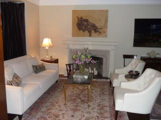 Fabulous 5+ bed home in midtown Toronto - Toronto vacation rentals