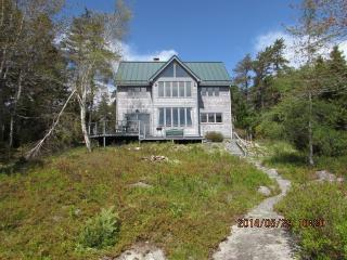 Oceanfront House in Corea Maine - DownEast and Acadia Maine vacation rentals