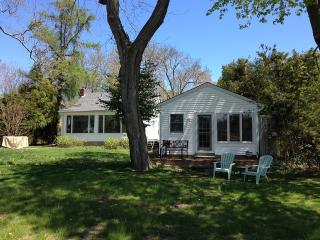 2 Bedroom House With Detached Studio, Water Views - Long Island vacation rentals