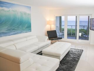 Updated And Modern Condo With Every Amenity - Jensen Beach vacation rentals