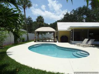 Island Living Two Blocks From The Ocean Beaches - Vero Beach vacation rentals