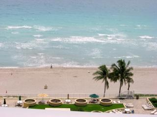 SPECTACULAR OCEAN FRONT CONDO - Hollywood vacation rentals