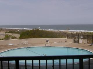 Beachfront 1st Floor Condo - 3 Steps to Beach/sand - Ocean City Area vacation rentals