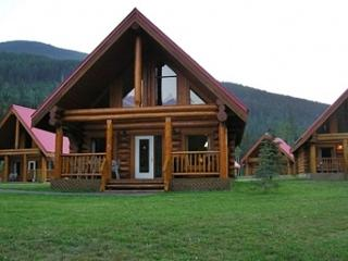 Spectacular Mountain Views,Large Chalet for Family - Yoho National Park of Canada vacation rentals