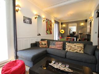 2BR - Apartment in Paris, Duplex in Westside - MB4 - Neuilly-sur-Seine vacation rentals