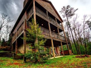 R&R; Retreat - Spectacular Long Range Mountain Views - North Georgia Mountains vacation rentals