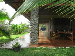 Breakfast with Toucans and Monkeys (Sarapiqui) - Heredia vacation rentals