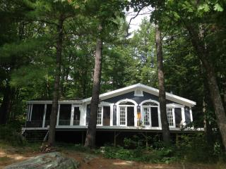 Lake Muskoka Cottage and Bunkie, Sleeps 11, w/boat - Gravenhurst vacation rentals