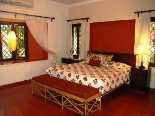 Luxuriously spacious elegantly furnished villa Apartment Rooms in Calangute - Top Rated - Goa vacation rentals