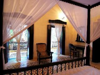 Century-old heritage property - a guest house in Siolim - Siolim vacation rentals