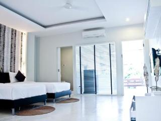 Surintra is a small boutique resort hotel at surin beach, Phuket Thailand. - Thalang vacation rentals