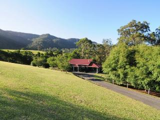 Willabrook Retreat - Rest Cottage - Kangaroo Valley vacation rentals