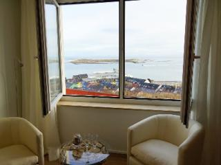 Vacation Apartment in Helgoland - nice, clean, relaxing (# 3052) - Helgoland vacation rentals