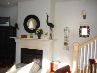 Irvington Cottage at the Vineyard - Irvington vacation rentals