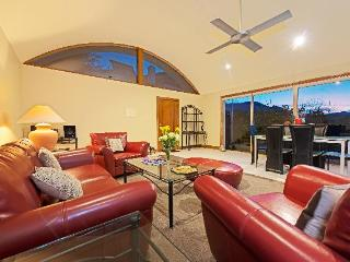 Luxurious, Dog Friendly, Self Contained Chalet - Hobart vacation rentals
