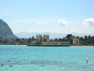 Martini Appartment - Mondello vacation rentals