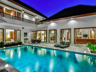 VILLA SHANTI - LUXURY 4 BEDROOM IN PRIME LOCATION - Bali vacation rentals